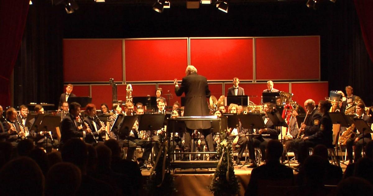 Nabburg: Benefizkonzert des Polizeiorchester Bayern - Oberpfalz TV